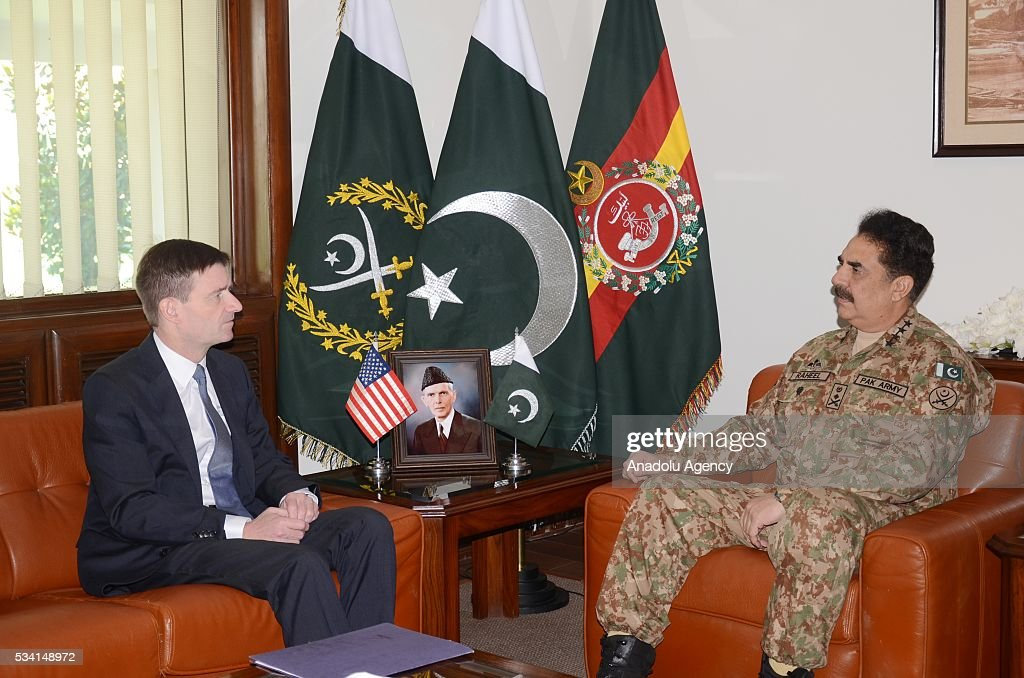 Chief of Army Staff of the Pakistan Army Raheel Sharif (R) and US Ambassador to Pakistan David Hale (L) meet at General Staff of Pakistan, in Islamabad, Pakistan on May 25, 2016. (Photo by Inter Services Public Relations (ISPR) /Anadolu Agency/Getty Images)