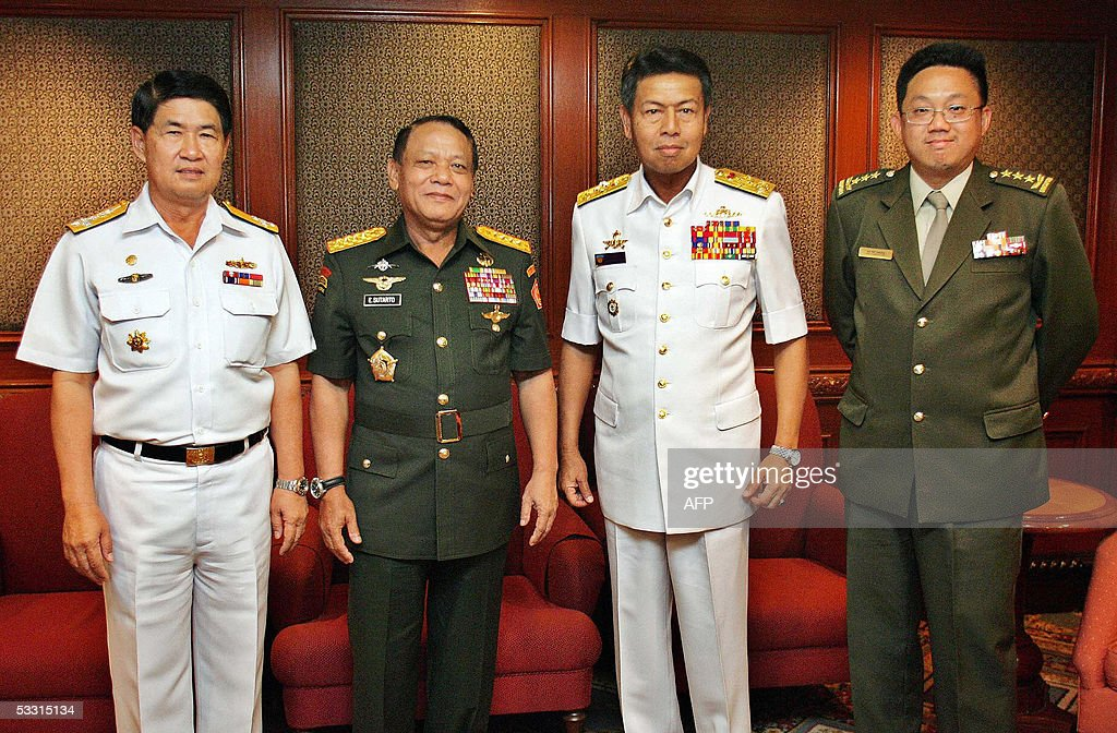 Chief of defence forces of Thailand Admiral Satirapan Keyanon Indonesia's General Endriartono Sutarto Malaysia's Admiral Mohd Anwar Mohd Nor and...
