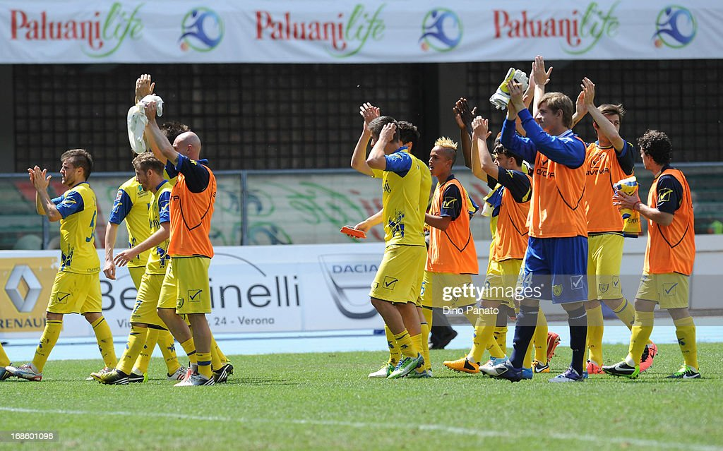 AC Chievo players applaud fans after the Serie A match between AC Chievo Verona and Torino FC at Stadio Marc'Antonio Bentegodi on May 12, 2013 in Verona, Italy.