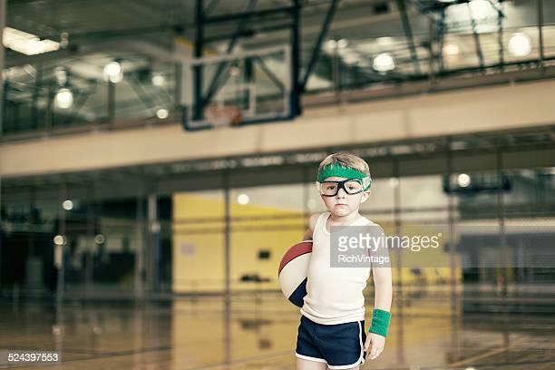 Portrait enfant de basket-ball