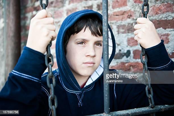 Enfant juvenile de détention