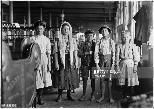 Spinners and doffers in Lancaster Cotton Mills USA 1910