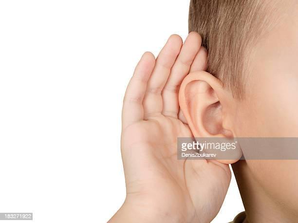 Bambino ascolto
