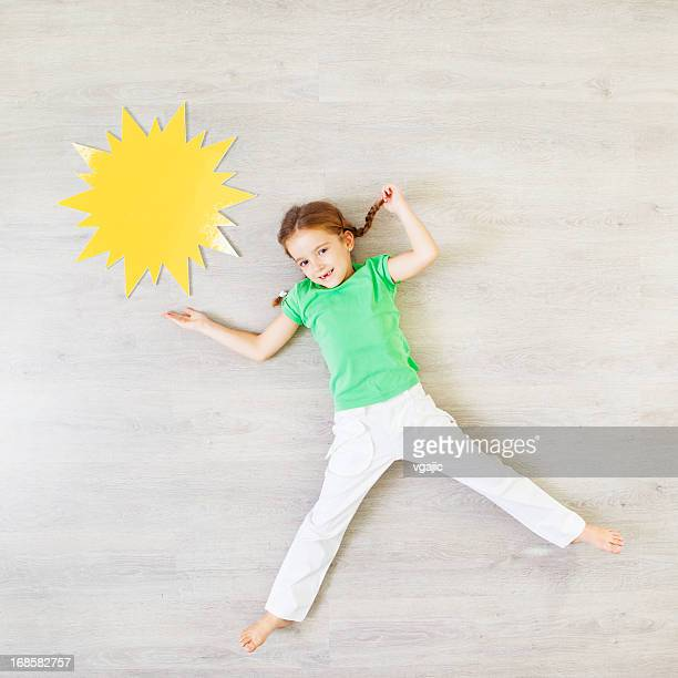 Child Presenting Sunny Weather.