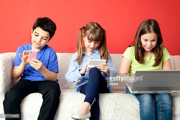 Children adiccted to new technologies