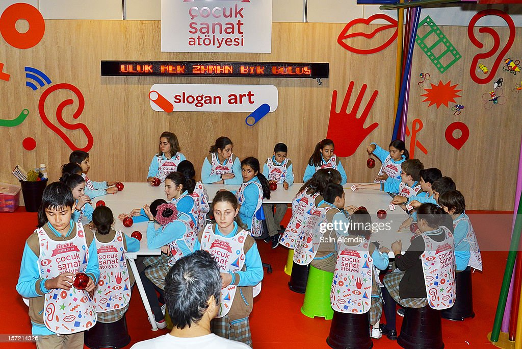 Children attend at Contemporary Istanbul November 22, 2012 in Istanbul, Turkey.