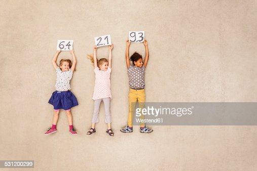 Children giving points in jury