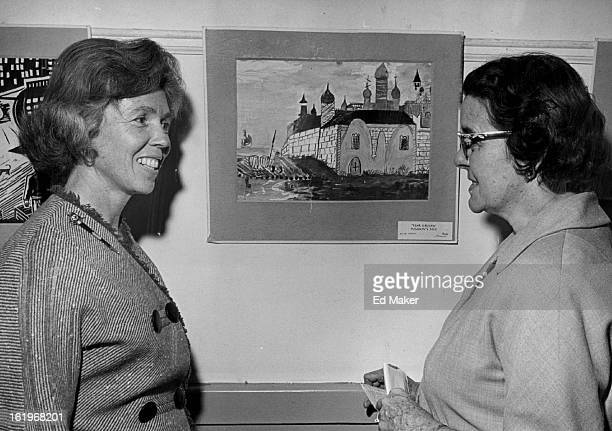 JAN 4 1965 JAN 11 1965 Children In Russia Give Denver A Unique Art Exhibit Mrs Alice Gilliam Left CoChairman of International House's Art Committee...