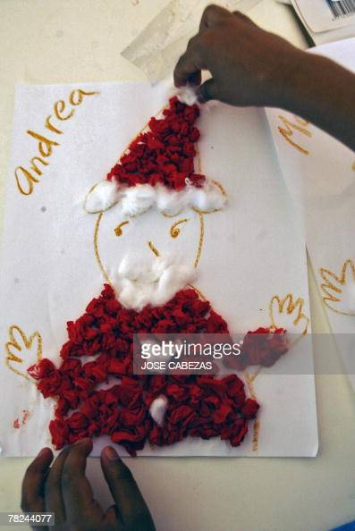 Children Make Christmas Handicrafts In T Pictures Getty Images