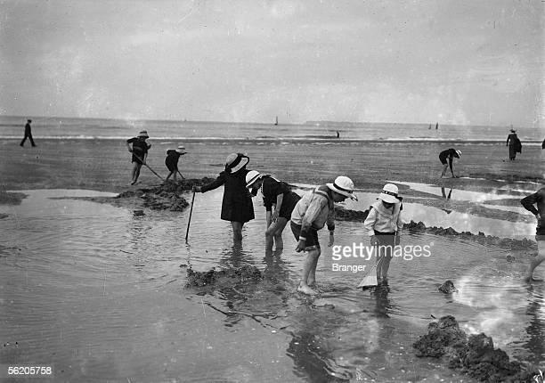 Children on the beach of Deauville 1912