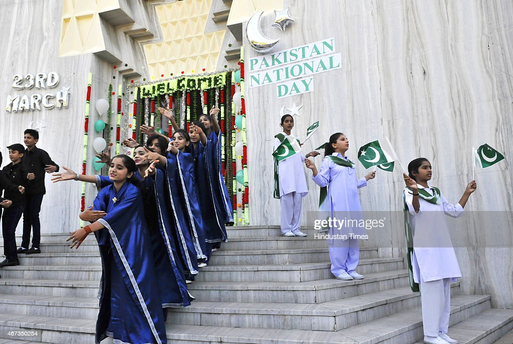 Pakistan celebrates National Day with military parade