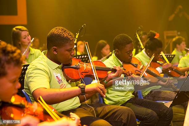 Children play the violin in the concert Children Make Music on June 10 2015 in Utrecht Netherlands The aim of the initiative is to facilitate as many...