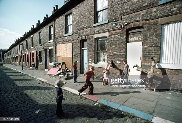 Children playing on a terraced street in Manchester 1977