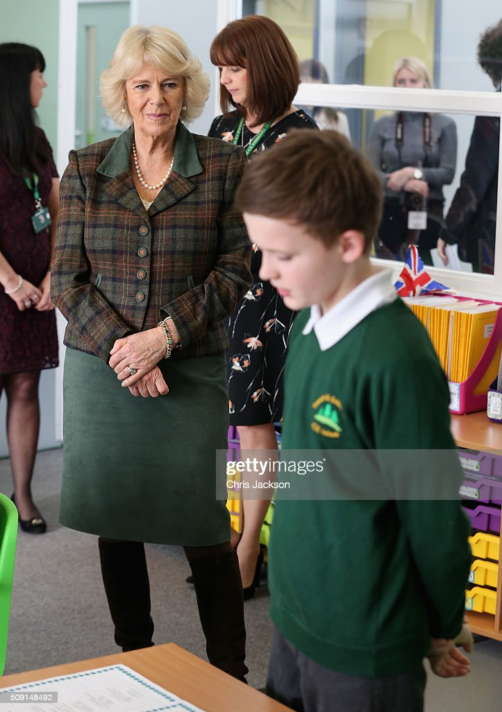 Children read out their poetry to <a gi-track='captionPersonalityLinkClicked' href=/galleries/search?phrase=Camilla+-+Hertiginna+av+Cornwall&family=editorial&specificpeople=158157 ng-click='$event.stopPropagation()'>Camilla</a>, Duchess of Cornwall attends lessons as she visits Forest and Sandridge Church of England Primary School during an away day to Wiltshire on February 9, 2016 in Melksham, England. The Duchess officially opened the new school building during her visit.