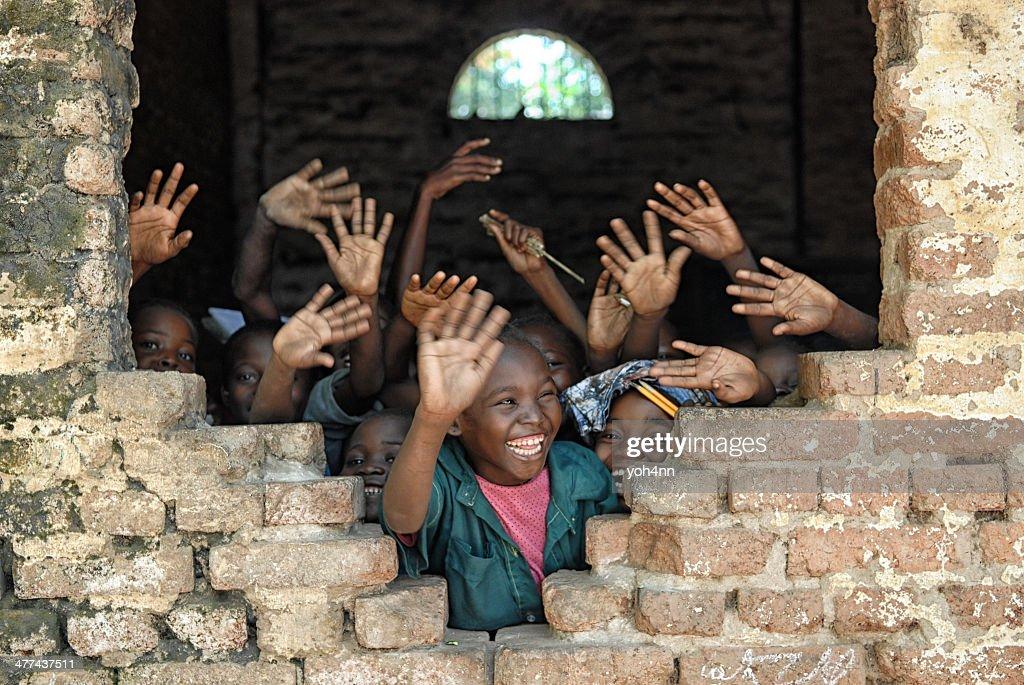Children say hello from african school