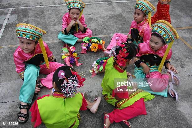 Children take part as the ChineseIndonesian community celebrates Chinese New Year or Imlek on January 24 2009 in Semarang Central Java Indonesia 2009...