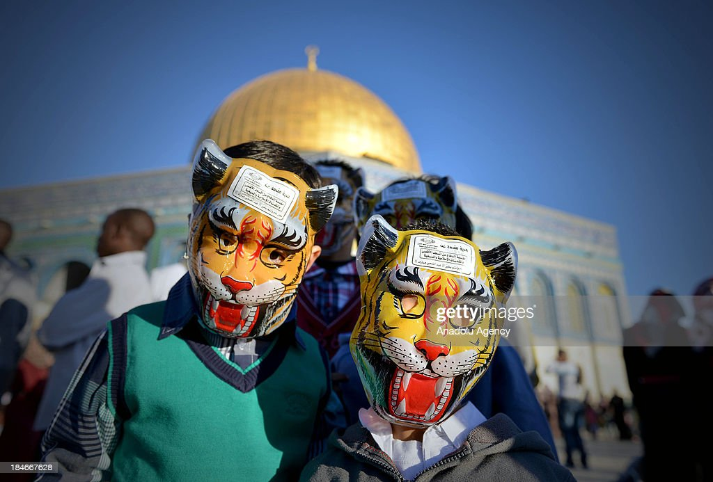 Childrens of those who arrive to Al-Aqsa mosque are enjoying their spare time while their parents in Jerusalem perform the Eid al-Adha prayer at Al-Aqsa Mosque on October 15.