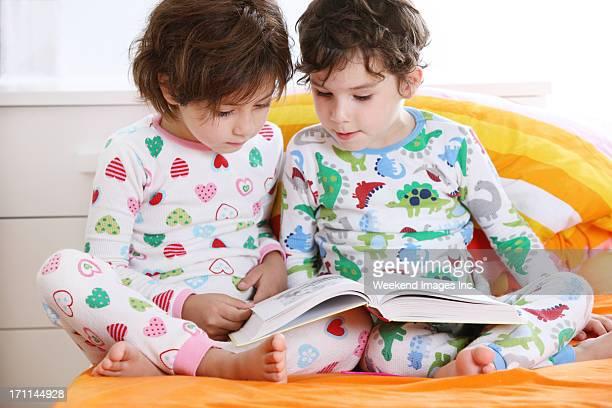 Bambino di lettura