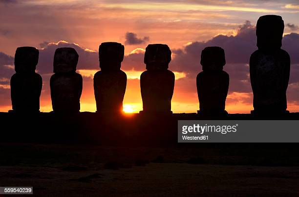 Chile, Easter Island, row of moais at Ahu Tongariki at sunrise, Rapa Nui National Park