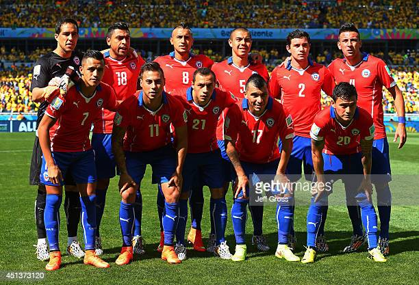 Chile players pose for a team photo prior to the 2014 FIFA World Cup Brazil round of 16 match between Brazil and Chile at Estadio Mineirao on June 28...