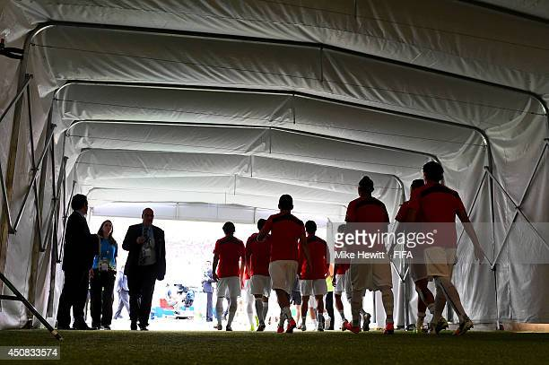 Chile players walk to the pitch prior to the 2014 FIFA World Cup Brazil Group B match between Spain and Chile at Estadio Maracana on June 18 2014 in...