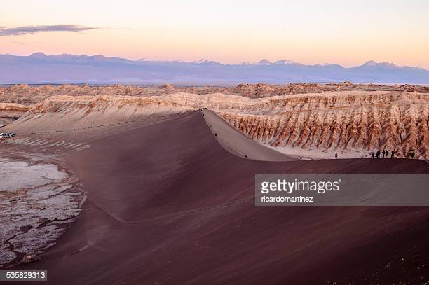 Chile, San Pedro de atacama, Valle de la Luna, Tourists on Great dune
