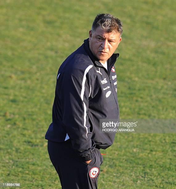 Chilean coach Claudio Borghi commands a training session in Mendoza Argentina on July 13 2011 AFP PHOTO/Rodrigo ARANGUA