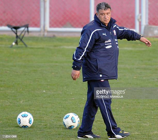 Chilean coach Claudio Borghi takes part in a training session in Mendoza Argentina during the 2011 Copa America tournament on July 6 2011 Chile will...