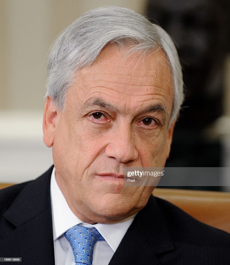 Chilean President Sebastián Piñera looks on in the Oval Office of the White House June 4 , 2013 in Washington, DC. Obama and Piñera spoke about an Asia-Pacific freetrade agreement and other regional issues.