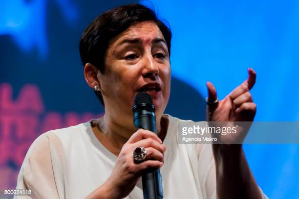 Chilean presidential candidate Beatriz Sánchez delivers a speech during a meeting with supporters at Teatro La Comedia on June 24 2017 in Santiago...