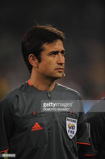 Chilean referee Pablo Pozzo pictured during the Fifa Confederations Cup football match Spain vs South Africa on June 20 2009 at the Free State...