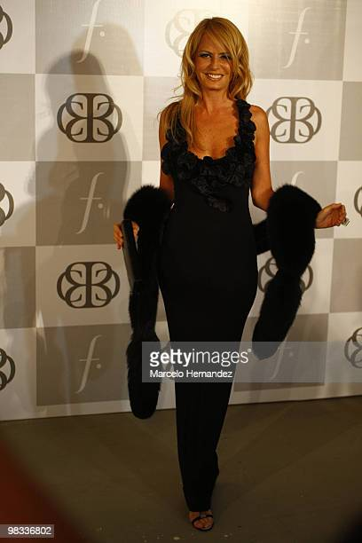 Chile's former Miss Universe Cecilia Bolocco poses for photographers before the Apology fashion show on April 8 2010 in Santiago Chile Bolocco is the...