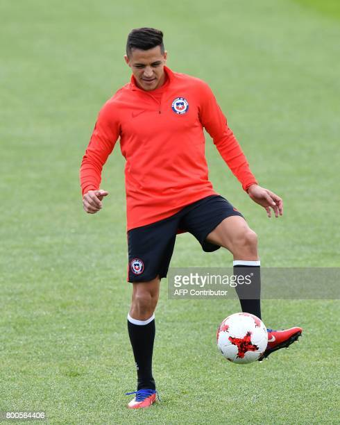 Chile's forward Alexis Sanchez takes part in a training session in Moscow on June 24 2017 on the eve of the 2017 FIFA Confederations Cup group B...