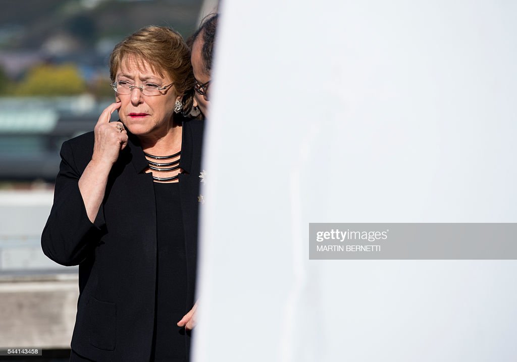 Chile's President Michelle Bachelet is pictured before posing for the official picture of the XI Pacific Alliance Summit in Puerto Varas, 1150 km south of Santiago, Chile, on July 1, 2016. / AFP / Martin BERNETTI