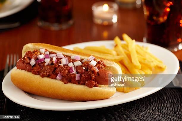 Chili Dog, fries