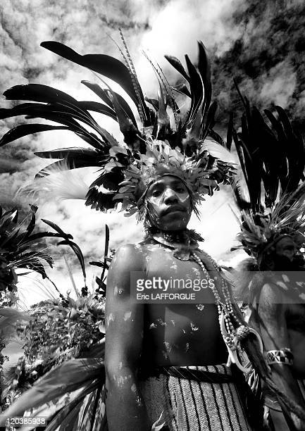 Chimbu Tribe From Mount Hagen in Papua New Guinea on August 20 2006 The cultural show in Mount Hagen in the Western Highlands of Papua New Guinea...