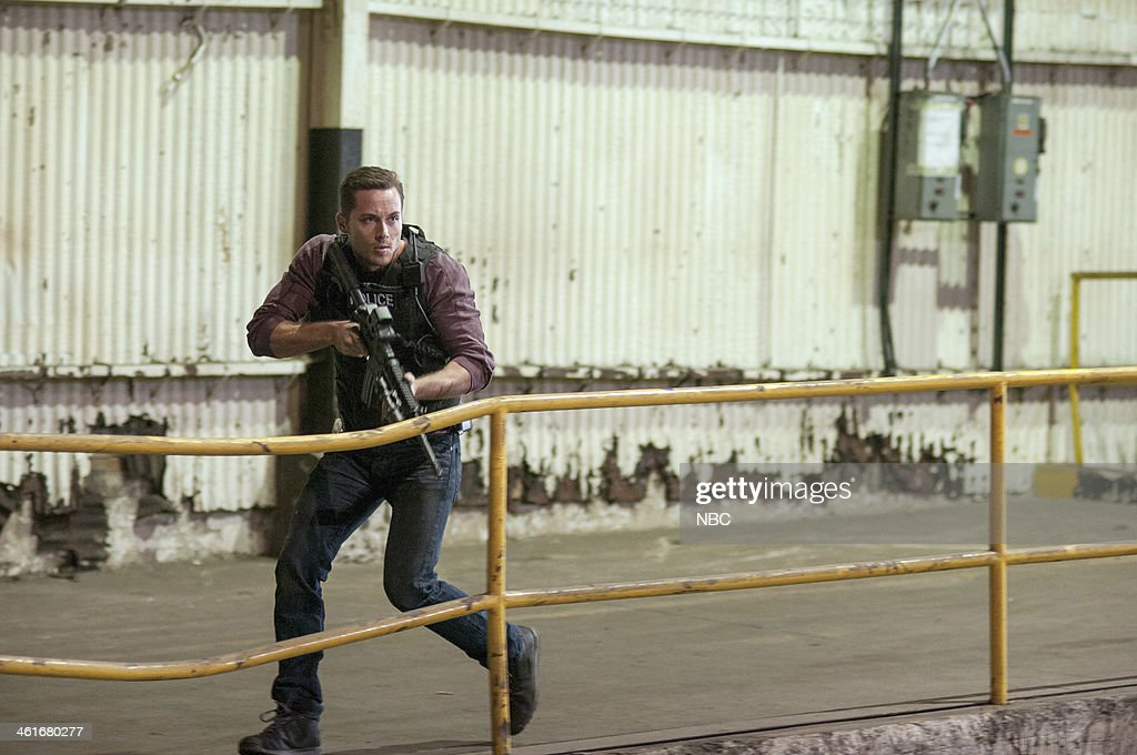 D 'Chin Check' Episode 103 Pictured Jesse Lee Soffer as Jay Halstead