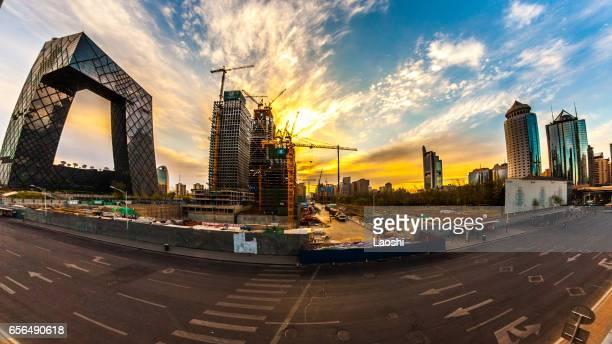 Zoun de Chine, est un gratte-ciel en construction dans le quartier Central des affaires de Pékin. L'un des nombreux chantiers de construction à Pékin.