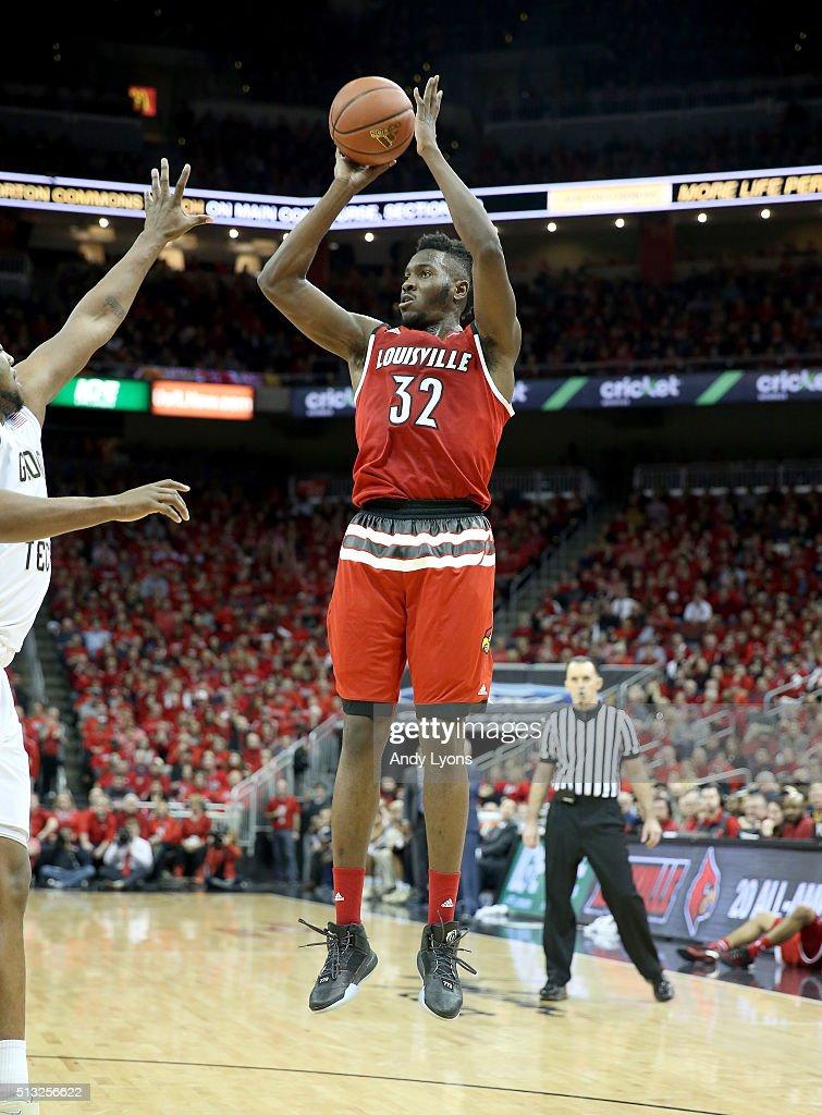 Georgia Tech v Louisville