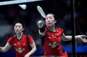 China's Wang Xiaoli and Yu Yang return to Denmark's Christinna Pedersen and Kamilla Rytter Juhl during their women's doubles semifinal at World...