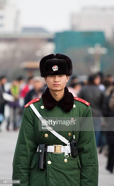 Ejército chino en la plaza de Tiananmen
