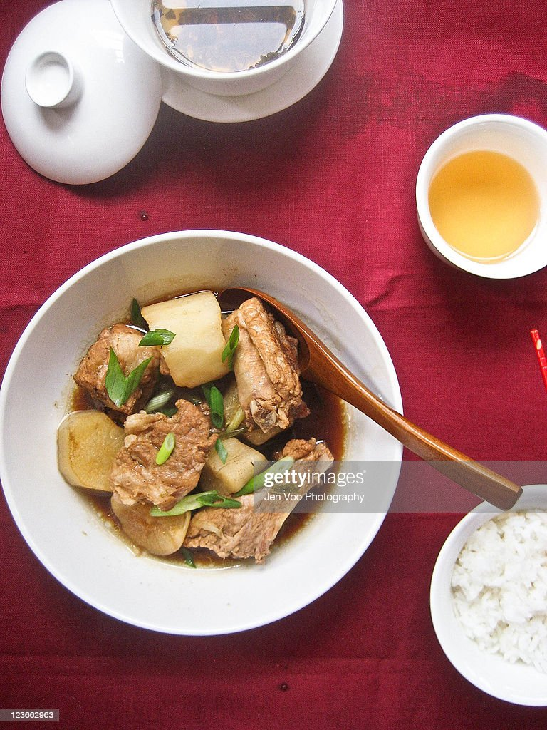 Chinese Braised Spareribs with Daikon : Stock Photo