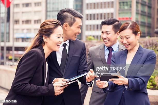 中国のビジネスとテクノロジーを香港の