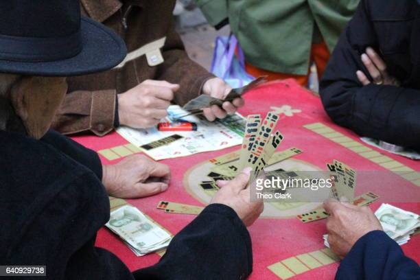 Chinese cardplayers in Wuhan