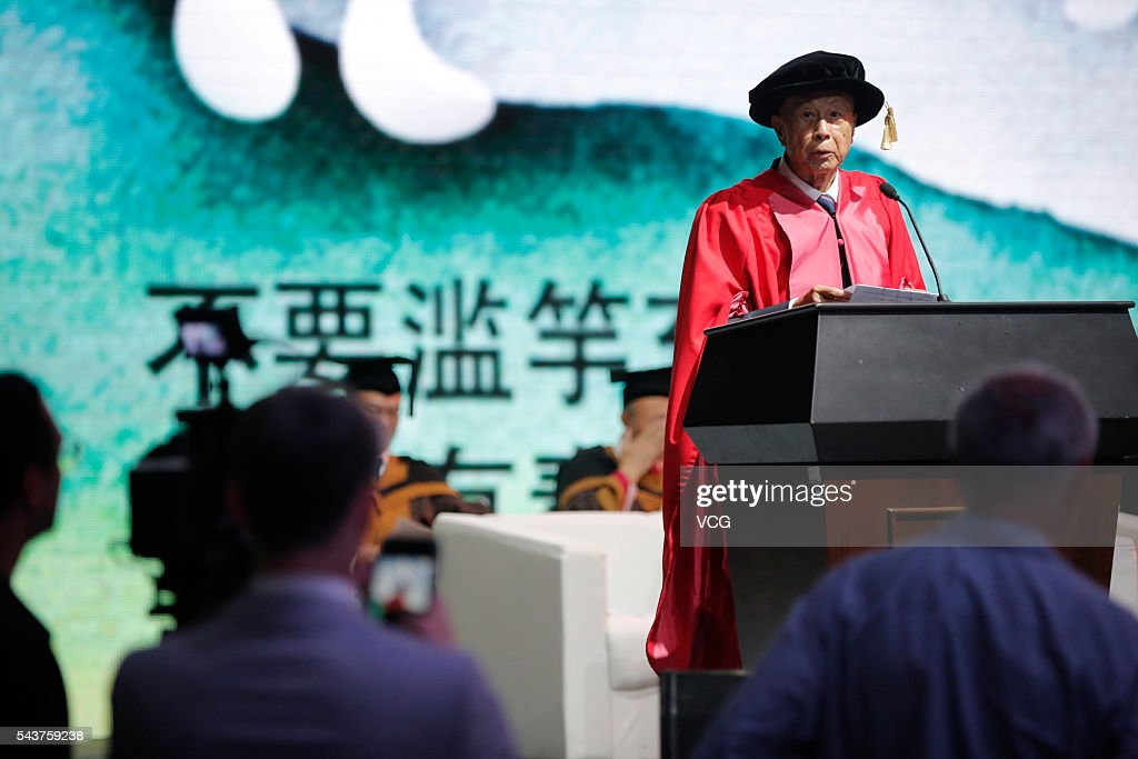 Chinese entrepreneur <a gi-track='captionPersonalityLinkClicked' href=/galleries/search?phrase=Li+Ka-shing&family=editorial&specificpeople=618931 ng-click='$event.stopPropagation()'>Li Ka-shing</a> gives a lecture during graduation ceremony of Shantou University on June 30, 2016 in Shantou, Guangdong Province of China. Hong Kong business magnate, investor, and philanthropist <a gi-track='captionPersonalityLinkClicked' href=/galleries/search?phrase=Li+Ka-shing&family=editorial&specificpeople=618931 ng-click='$event.stopPropagation()'>Li Ka-shing</a> and former NBA player arrived at the graduation ceremony of Shantou University which is a key comprehensive university under the '211 Project' in the Guangdong province and also the only public university in the world that receives long-term funding from the Li Ka Shing Foundation.