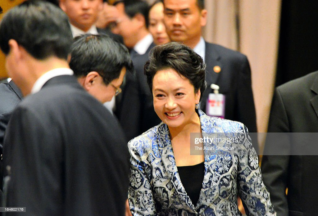 Chinese first lady Peng Liyuan is seen at Moscow State Institute of International Relations on March 23, 2013 in Moscow, Russia. Xi is making his first foreign visit as China's leader in a move described as demonstrating the two countries' economic interdependence.