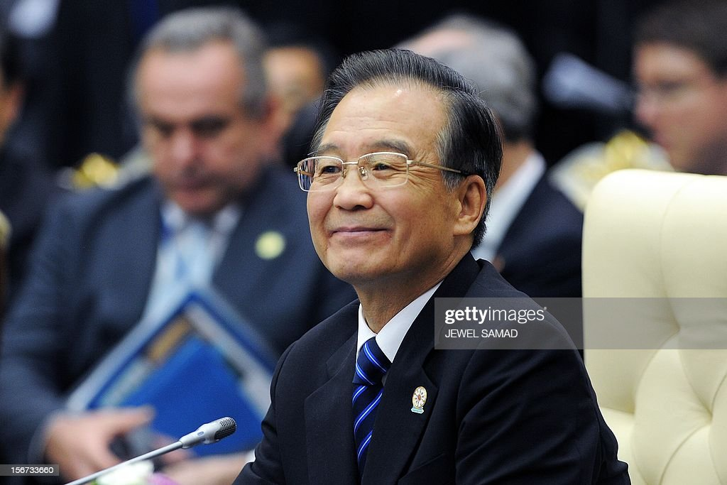 Chinese Premier Wen Jiabao attends an East Asian Summit Plenary Session at the Peace Palace in Phnom Penh on November 20, 2012. Cambodian is hosing the 21st Association of Southeast Asian Nations (ASEAN) Summit and Related Summits. AFP PHOTO/Jewel Samad