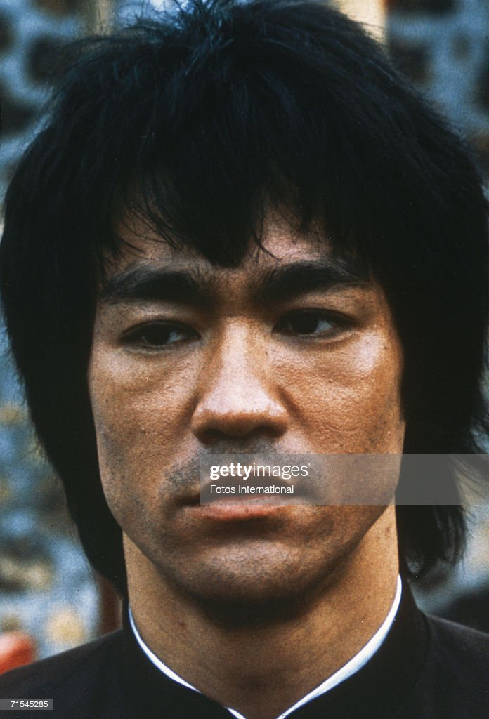 Chinese-American martial arts exponent <a gi-track='captionPersonalityLinkClicked' href=/galleries/search?phrase=Bruce+Lee+-+Actor&family=editorial&specificpeople=453429 ng-click='$event.stopPropagation()'>Bruce Lee</a> (1940 - 1973), in a still from the film 'Enter The Dragon', directed by Robert Crouse for Warner Brothers, 1973.