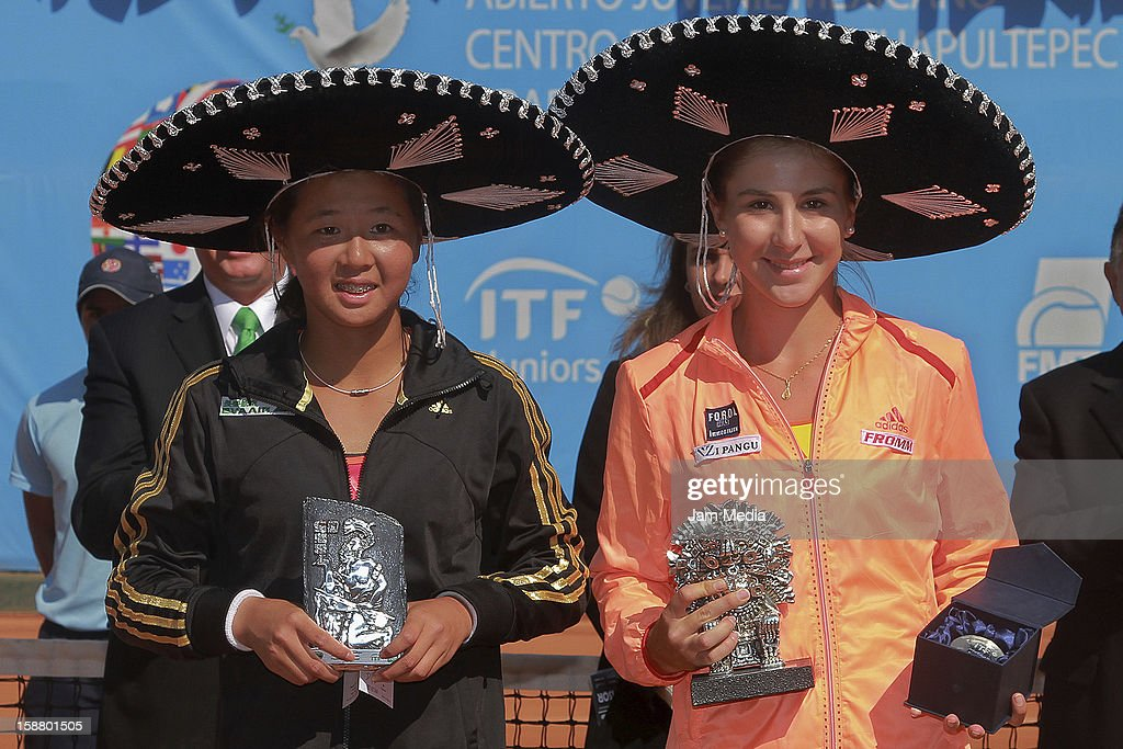 Ching-Wen Hsu of Taipei and Belinda Bencic of Suiza, during the Mexican Youth Tennis Open at Deportivo Chapultepec on December 29, 2012 in Mexico City, Mexico.