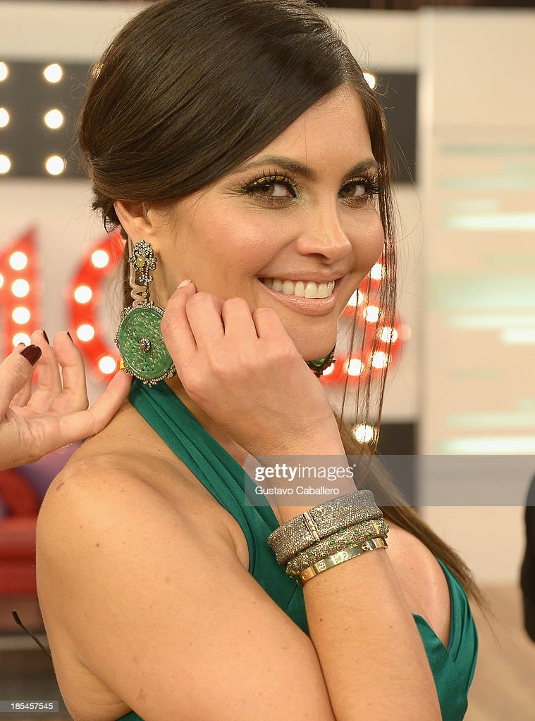 Chiquinquira Delgado attends the set of Mira Quien Baila at Univision Headquarters on October 20, 2013 in Miami, Florida.